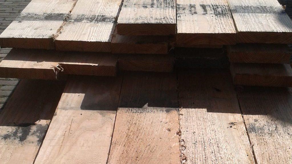 Windmolen gezaagd hout